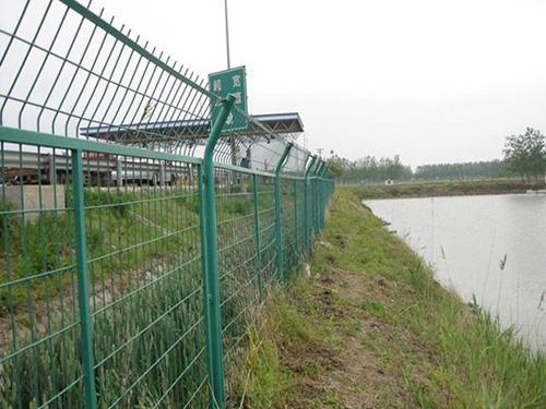 河边护栏网