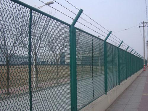 钢板网围栏